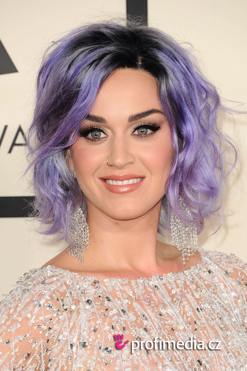 showing 1st image of Girl In Buick Pigeon Commercial Katy Perry Hairstyle Easyhairstyler ...