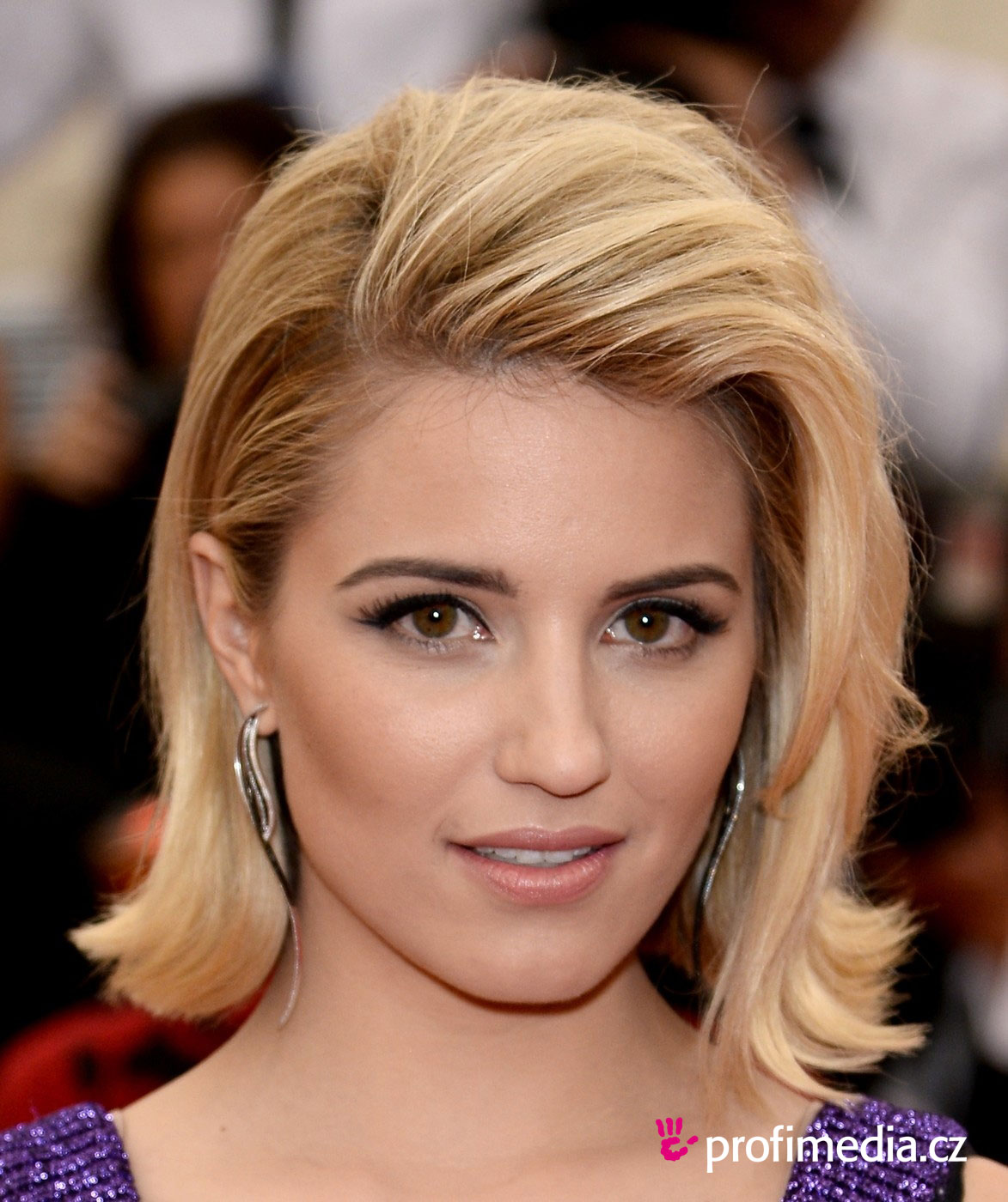 dianna agron hair hartruse - photo #7