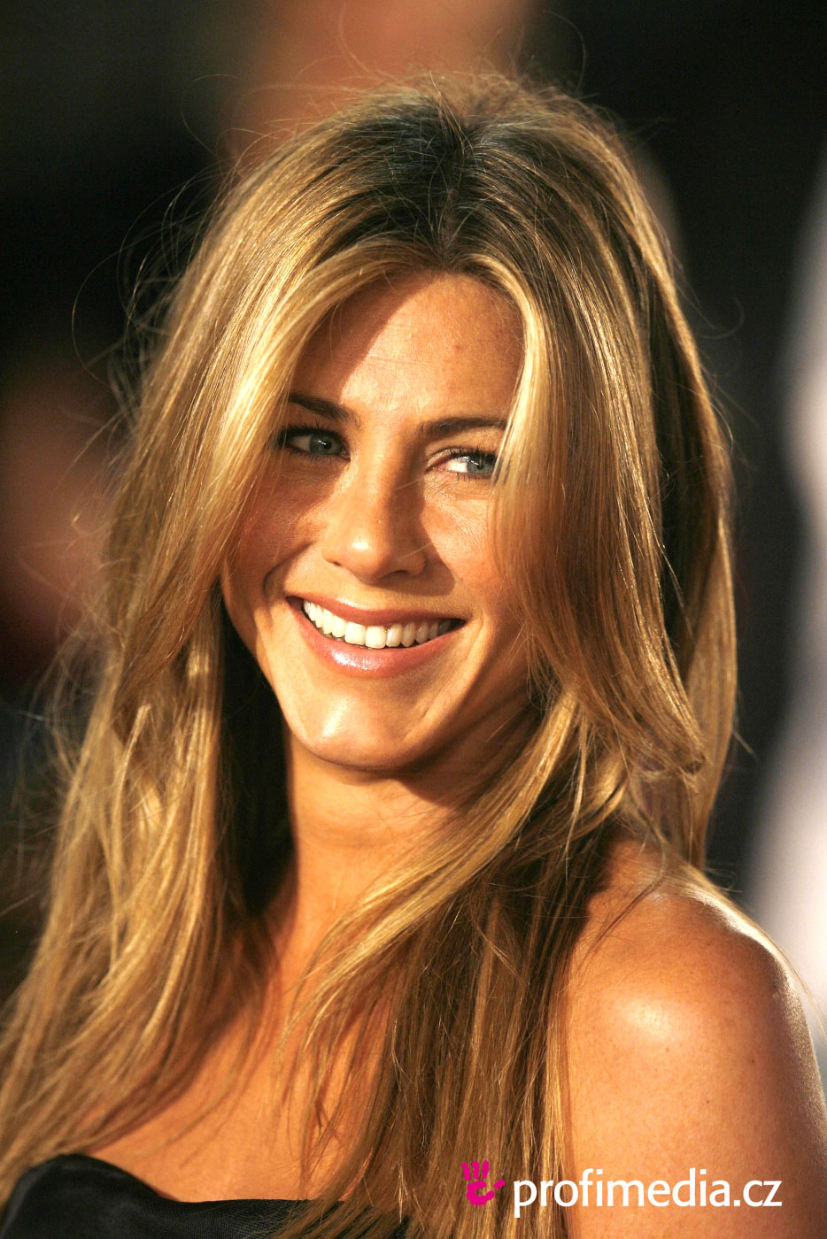 Prom hairstyle - Jennifer Aniston - Jennifer Aniston
