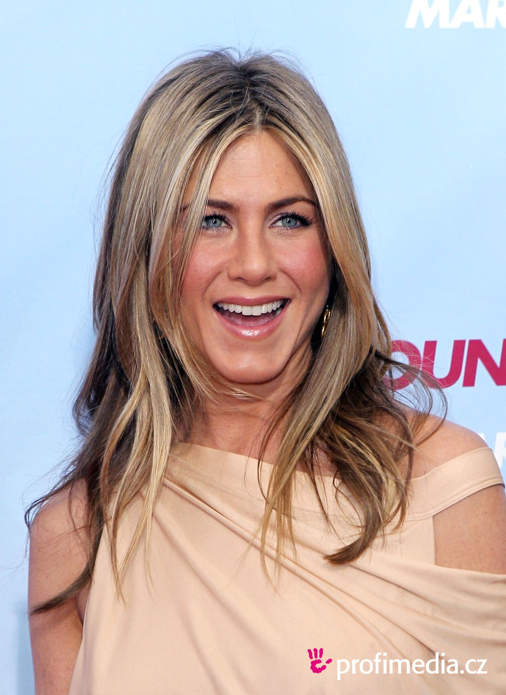 Jennifer Anniston Hairstyle Easyhairstyler