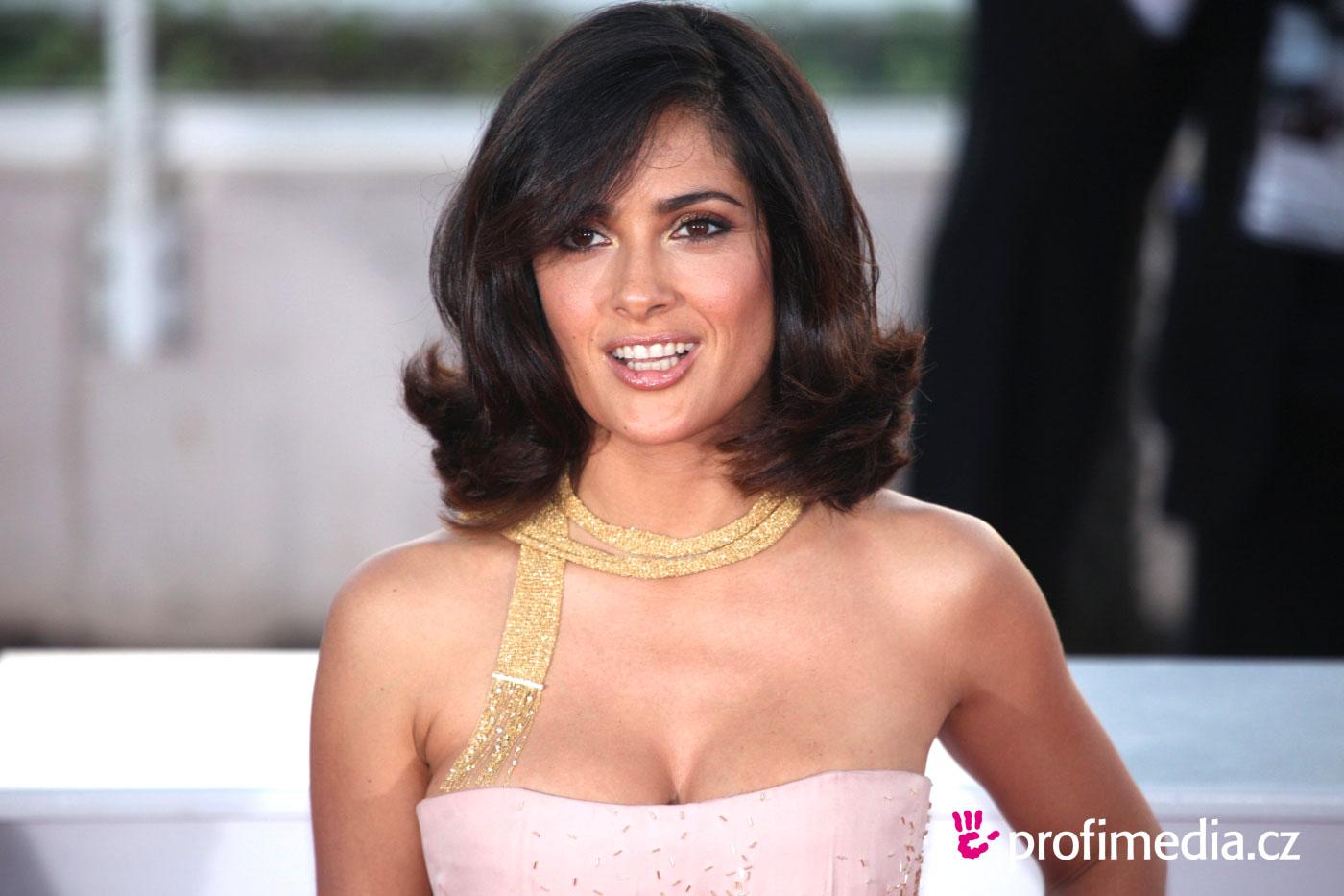 Salma Hayek Hairstyle Easyhairstyler