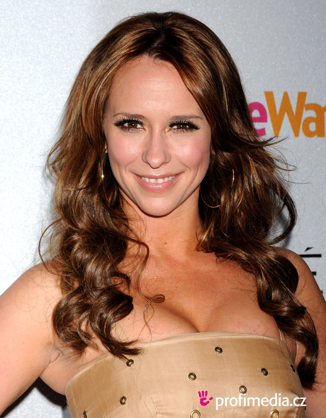 Jennifer Love Hewitt Sexy and Hot Pictures - YouTube