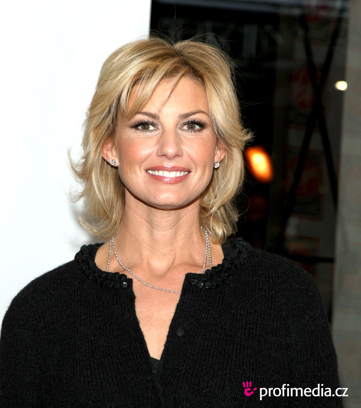 Faith Hill Hairstyle Easyhairstyler