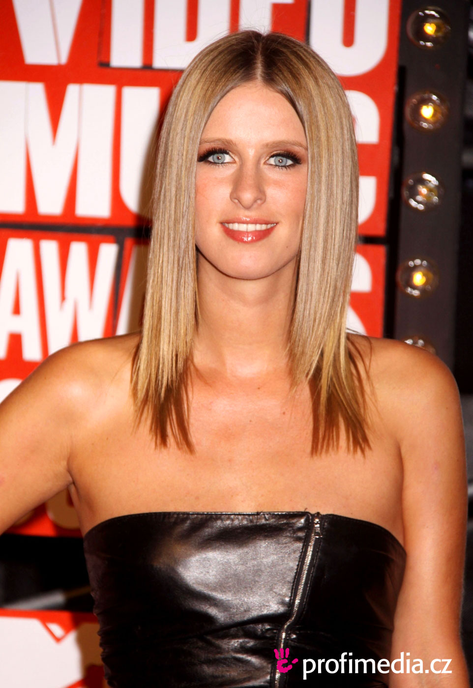 Nicky Hilton earned a  million dollar salary, leaving the net worth at 20 million in 2017