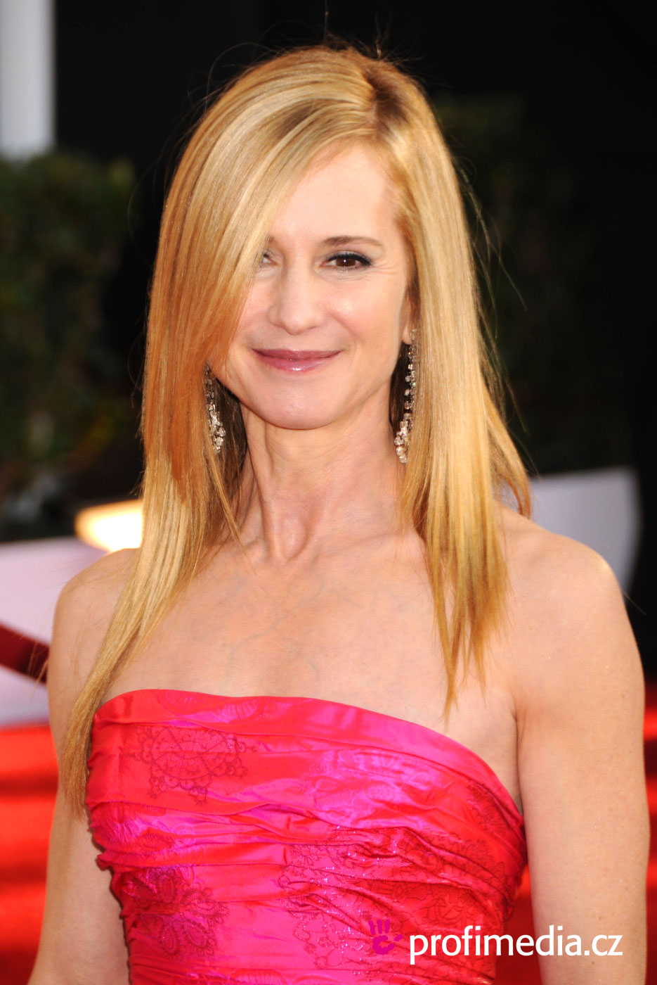 Holly Hunter - Picture Gallery