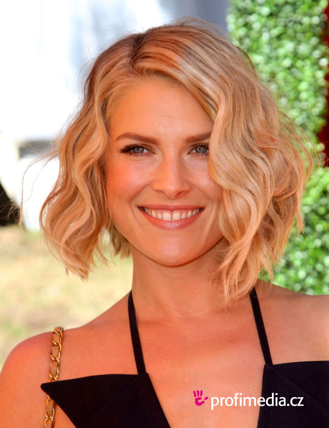 Prom hairstyle ali larter ali larter Ofuku hairstyle hairstyle worn by senior maiko in their final two