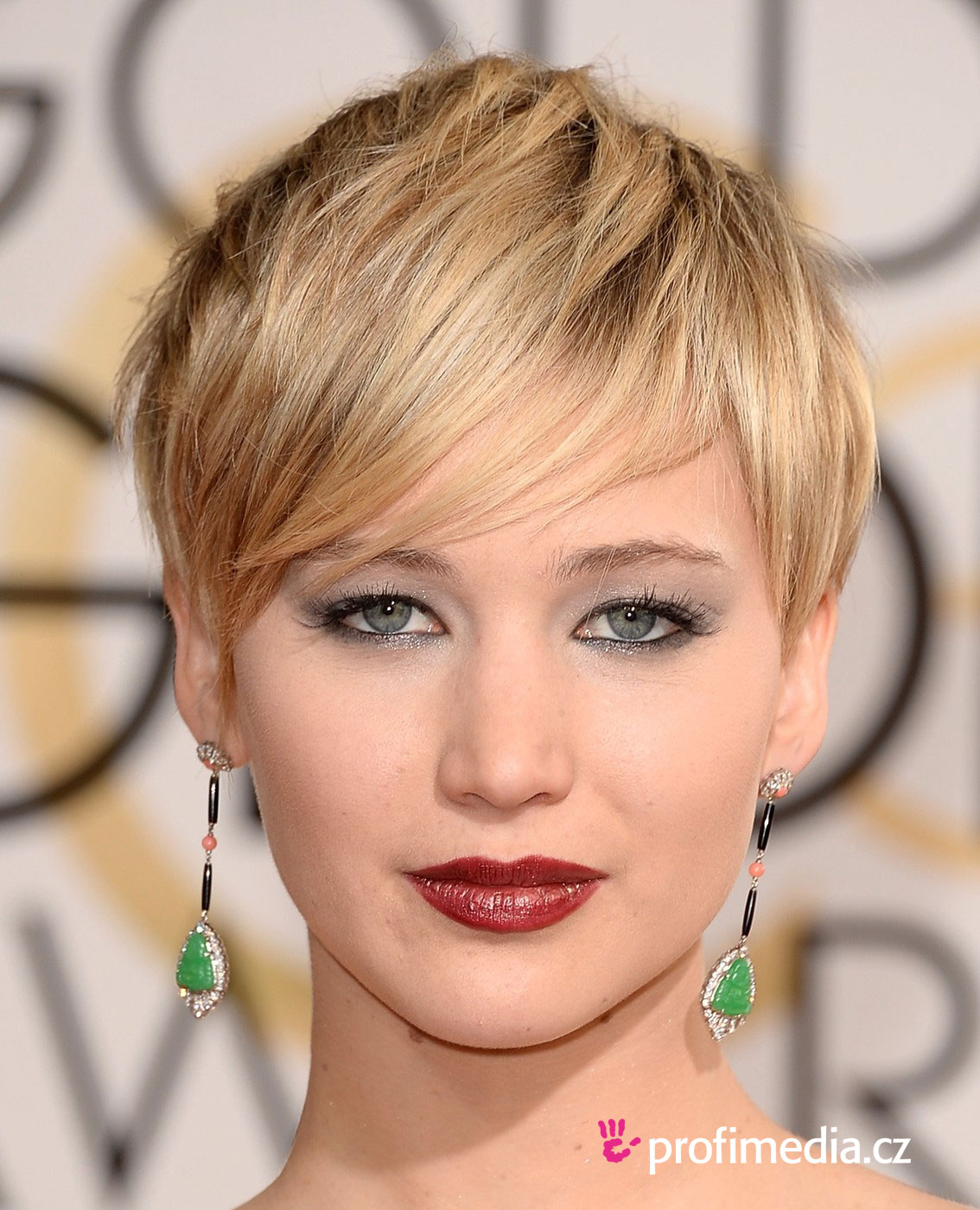 Jennifer Lawrence - - hairstyle - easyHairStyler
