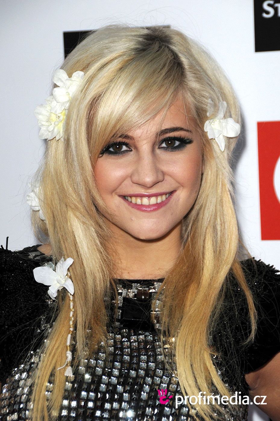 Famous pixie haircuts