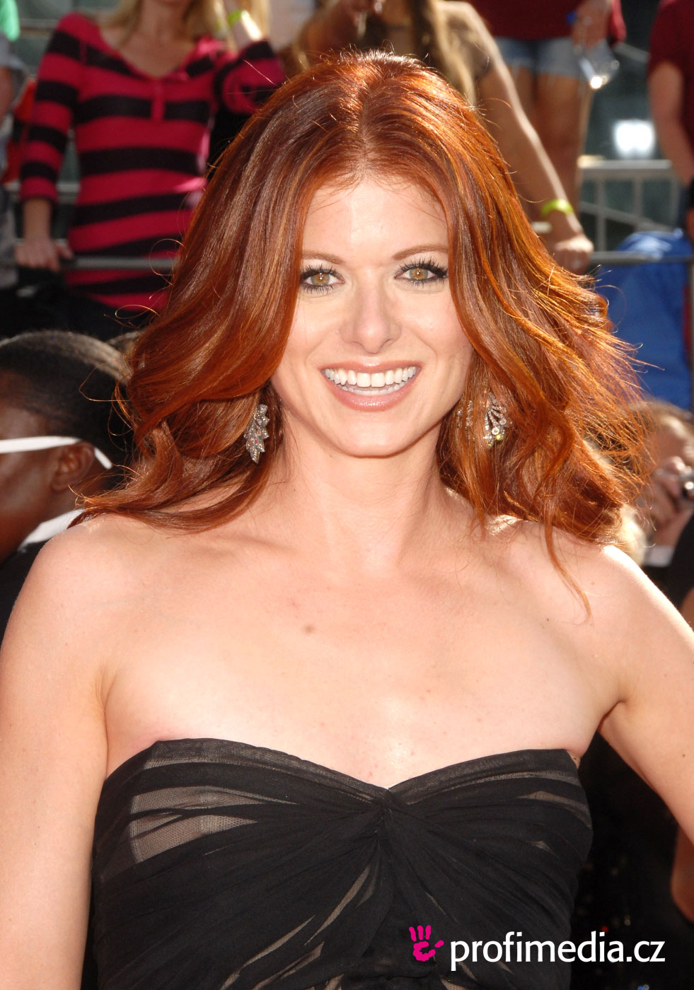 Debra Messing - Wallpaper