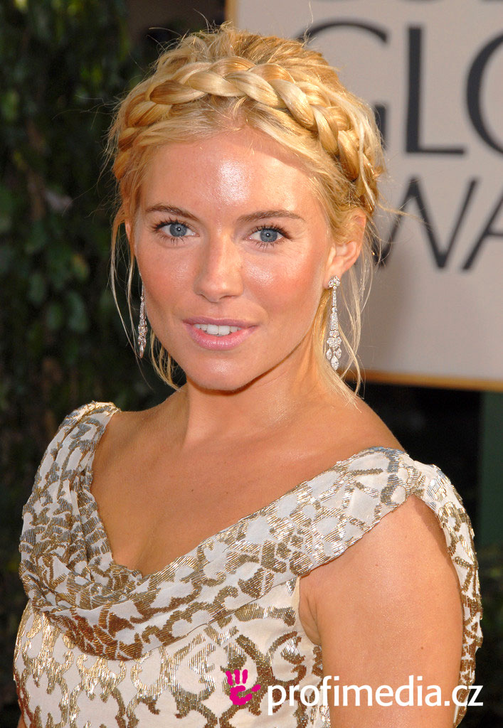Rate the Sienna Miller's hairstyle