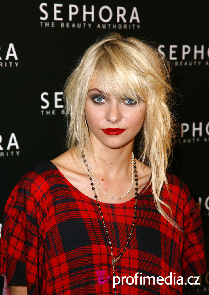taylor momsen hairstyles : Prom hairstyle - Taylor Momsen - Taylor Momsen