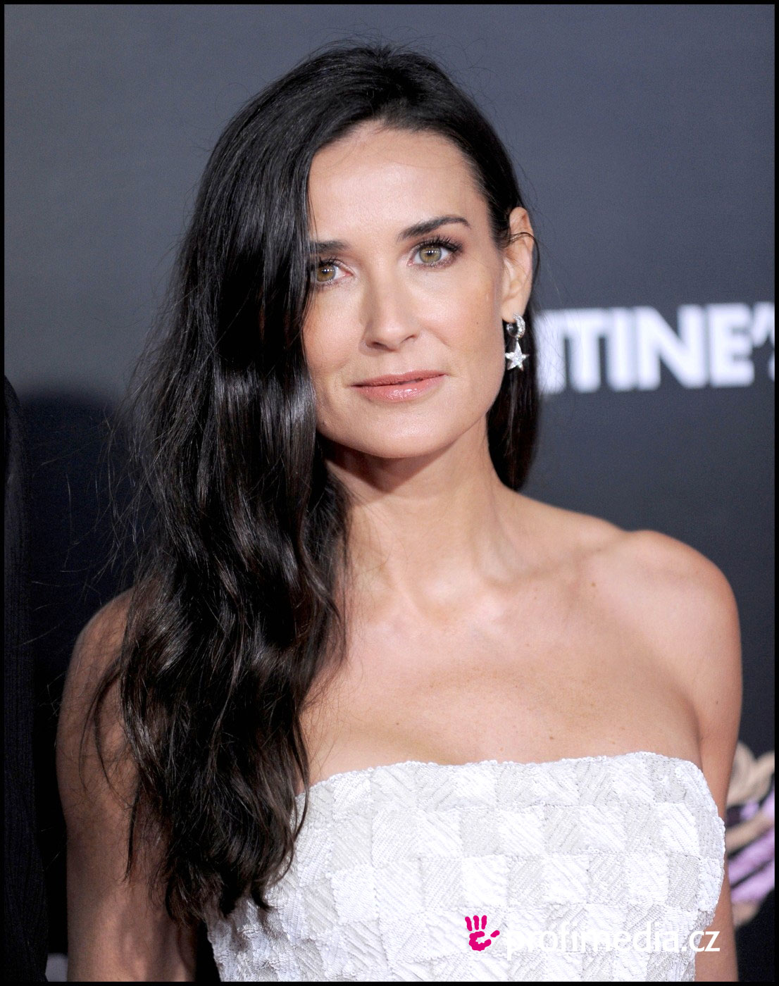 Demi Moore Hairstyles