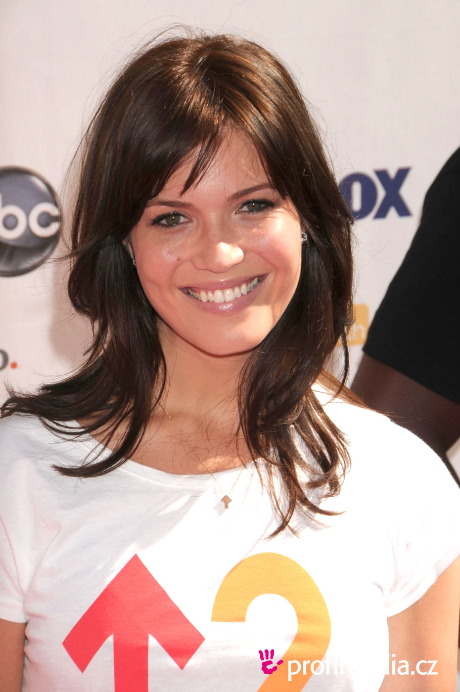 Prom hairstyle - Mandy Moore - Mandy Moore