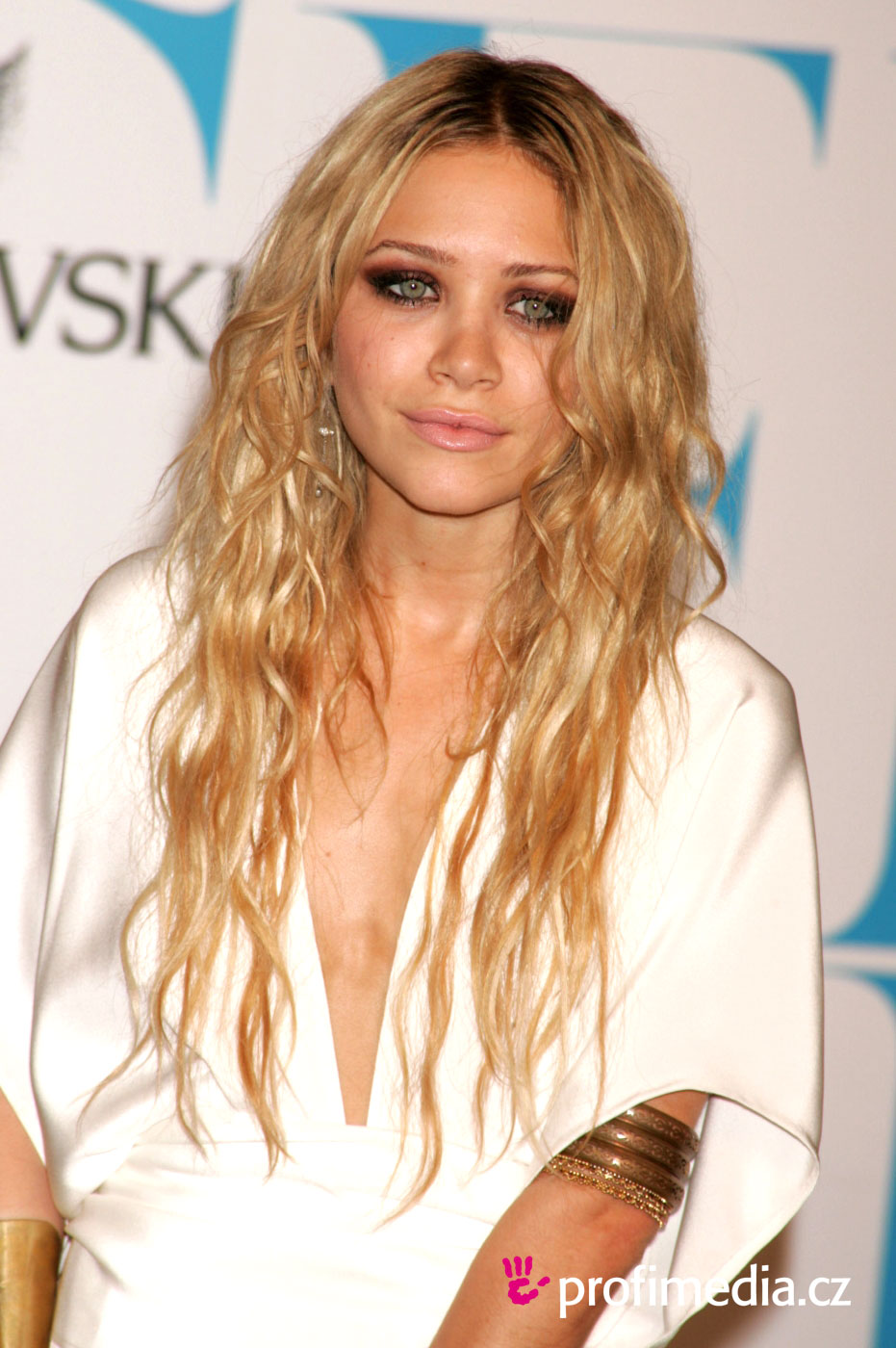 Účes celebrity mary kate olsen
