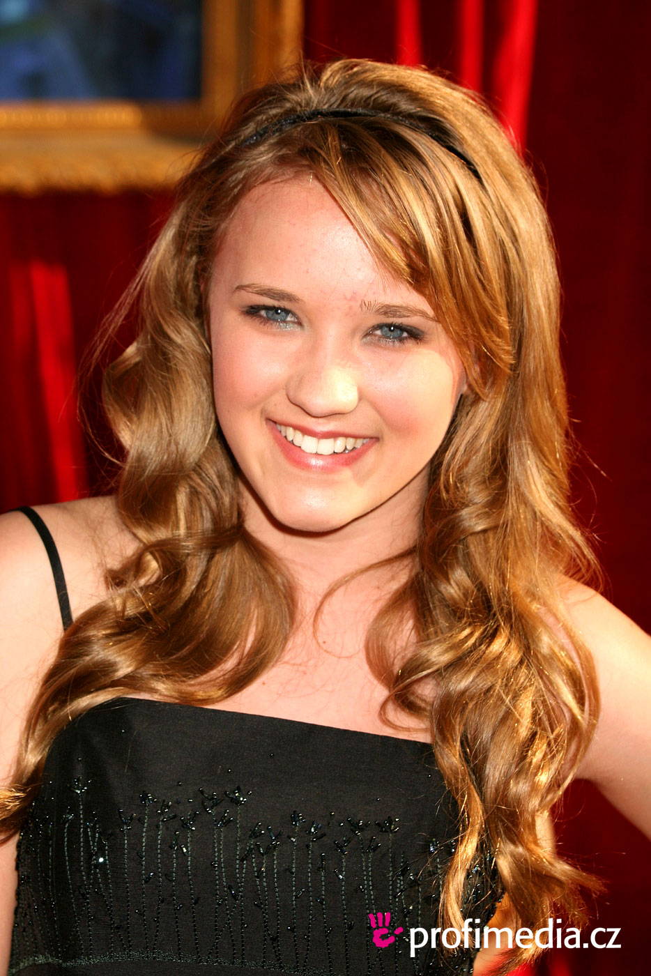 prom hairstyle - emily osment - emily osment