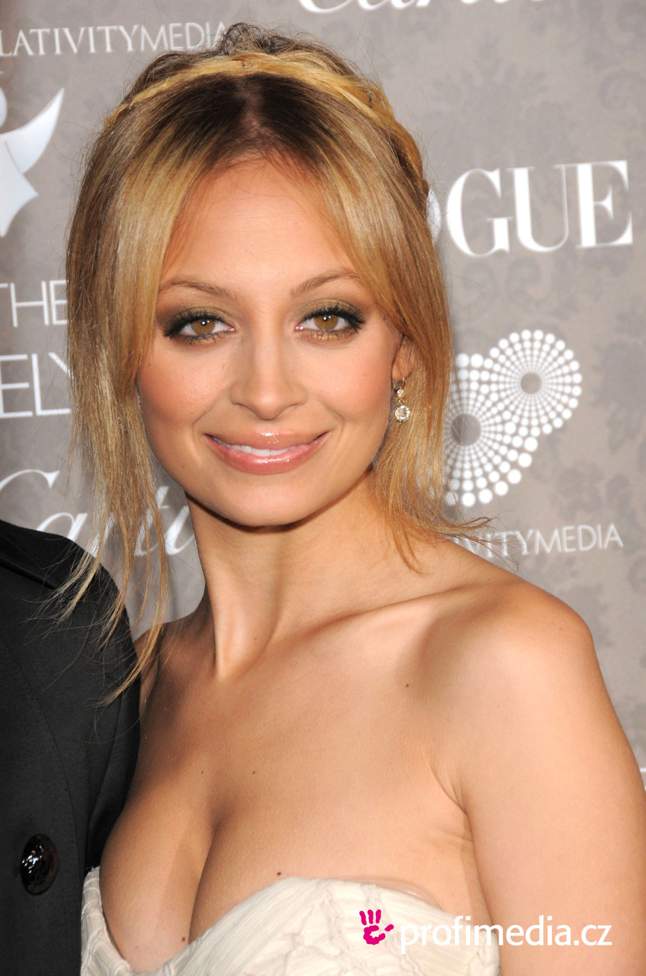 Nicole Richie Hairstyle Easyhairstyler
