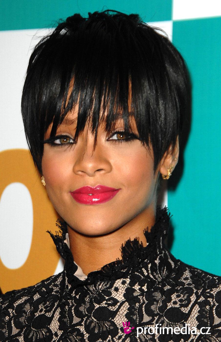 Rihanna   Frisur  151  Zum Ausprobieren In Efrisuren