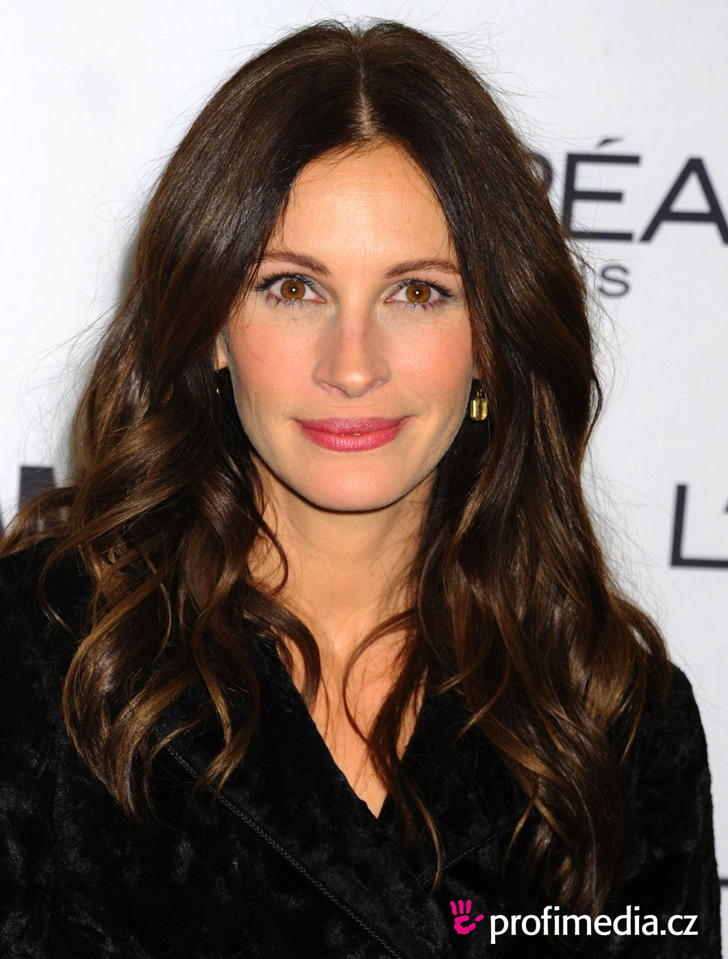 Julia Roberts So Devastated By Half Sister Nancy Motes S: EasyHairStyler