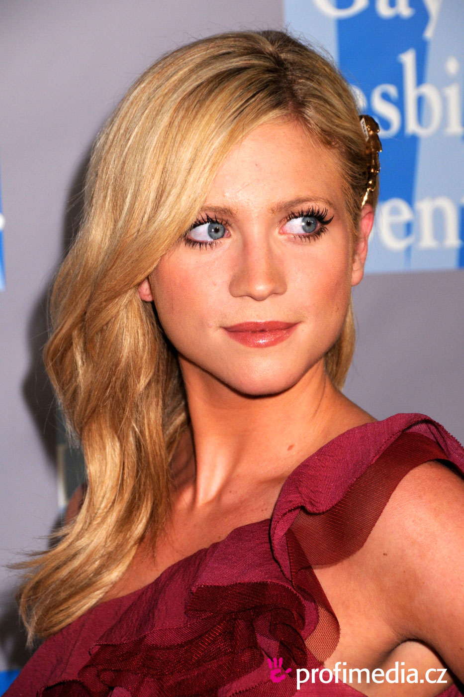 Brittany Snow - Photo Colection