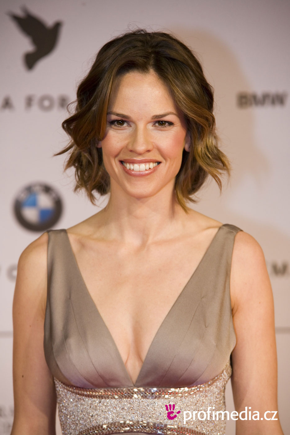 Hilary Swank  Enlarge