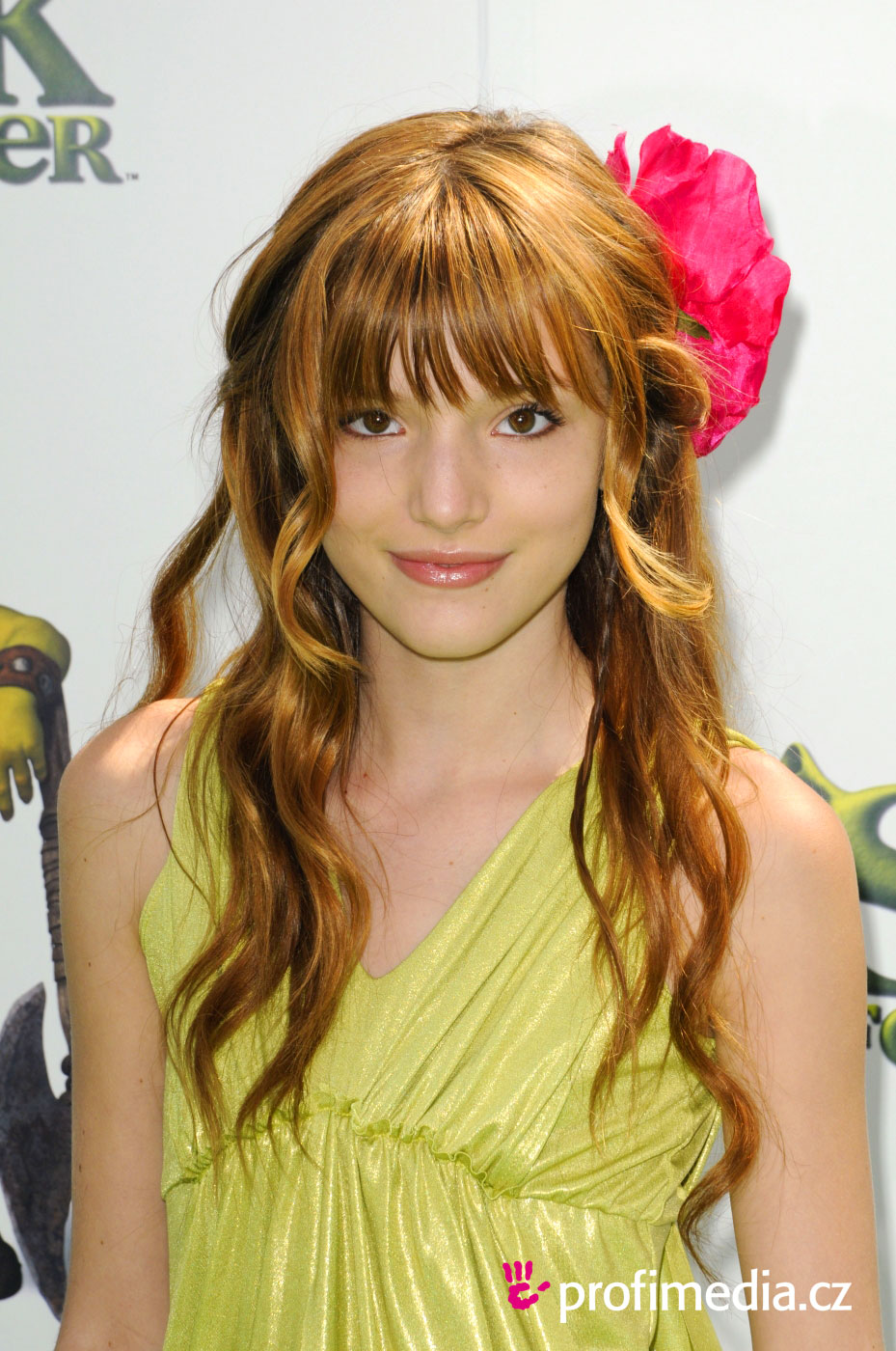 Prom Hairstyle   Bella Thorne   Bella Thorne