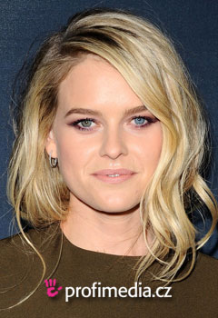 Acconciature delle star - Alice Eve