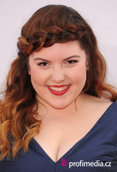 Acconciature delle star - Mary Lambert