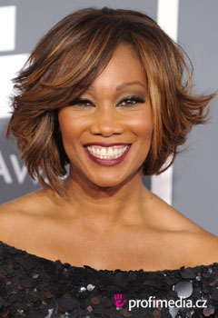 Acconciature delle star - Yolanda Adams