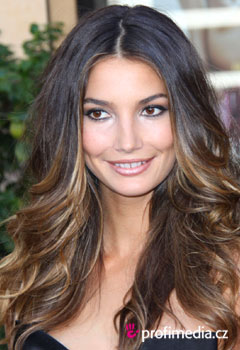 Acconciature delle star - Lily Aldridge