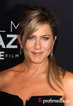 Szt�rfrizur�k - Jennifer Aniston
