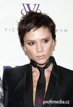 Fryzury gwiazd - Victoria Beckham