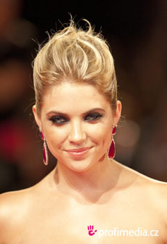 Coiffures de Stars - Ashley Benson