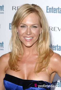 Acconciature delle star - Julie Benz