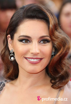 Promi-Frisuren - Kelly Brook