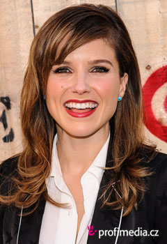Acconciature delle star - Sophia Bush