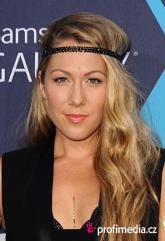 Acconciature delle star - Colbie Caillat