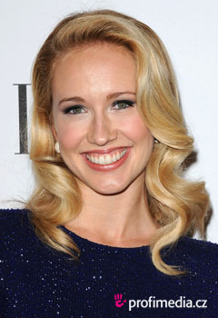 Acconciature delle star - Anna Camp