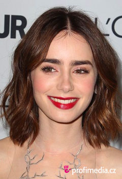 Coafurile vedetelor - Lily Collins
