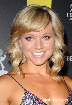 Acconciature delle star - Tiffany Coyne
