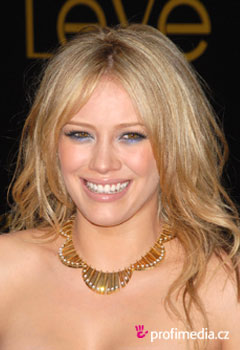 Hilary Duff Hairstyles on Prom Hairstyle   Hilary Duff   Hilary Duff