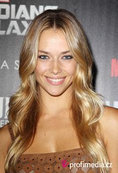 Hannah ferguson peinados de famosos en happyhair - Peinados de famosos ...