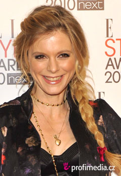 Acconciature delle star - Emilia Fox