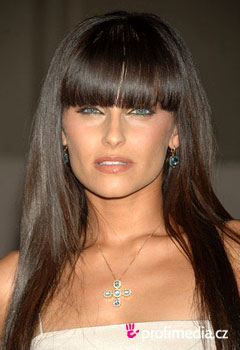Promi-Frisuren - Nelly Furtado