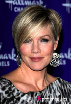 Acconciature delle star - Jennie Garth