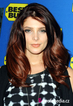 Prom hairstyle - Ashley Greene - Ashley Greene