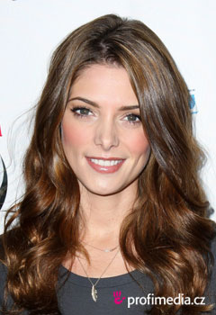 Coiffures de Stars - Ashley Greene