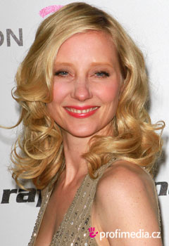 Coafurile vedetelor - Anne Heche