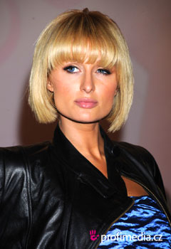 Promi-Frisuren - Paris Hilton