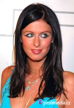 Acconciature delle star - Nicky Hilton