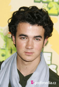 Acconciature delle star - Kevin Jonas